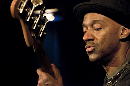 Marcus_Miller_NBF3599_500px