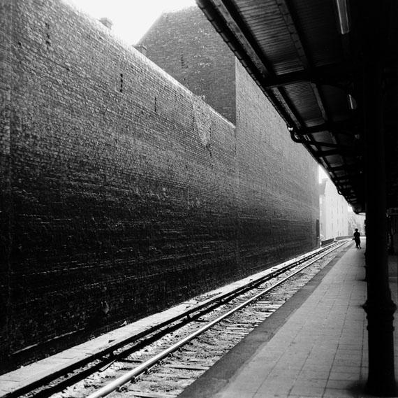 Berlin-Charlottenburg, S-Bahnhof Savignyplatz (Savignyplatz Metro Station), 1966, 17,9 √ó 18,0 (24,0 √ó 18,0) cm