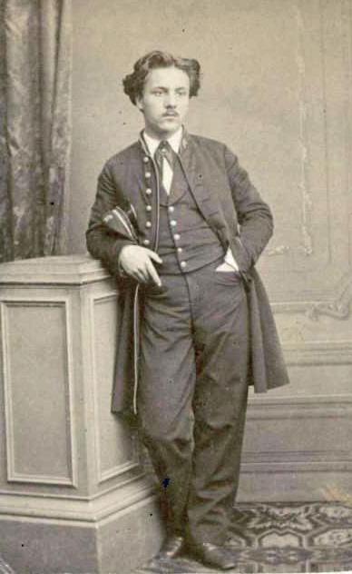 gabriel_faure_en_uniforme_de_lecole_niedermeyer
